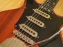 Andra Apiņa - Brian May - Red Special ģitāras kopija