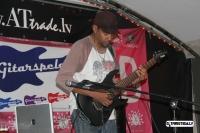 tony-macalpine-riga-gitarspele-lv-3