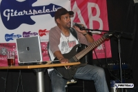 tony-macalpine-riga-gitarspele-lv-36