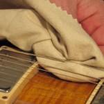 Seminārs – kā nomainīt stīgas un veikt standarta apkopi Tavai ģitārai