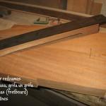 3. Šeit ir redzamas korpusa, grifa un grifa virsmas (fretboard) pamatnes - gitarspele.lv
