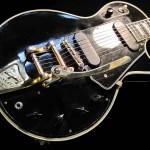 Tiks izsolīta Lesa Pola oriģinālā Black Beauty ģitāra