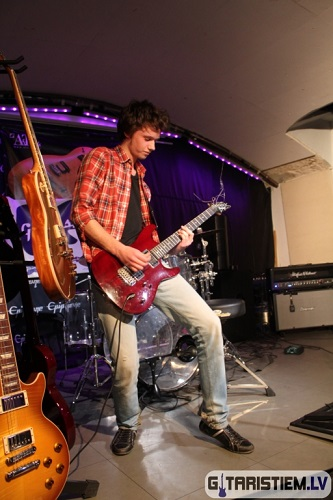 Gibson Gitaru Roka Festivals 2011 - gitarspele.lv 303