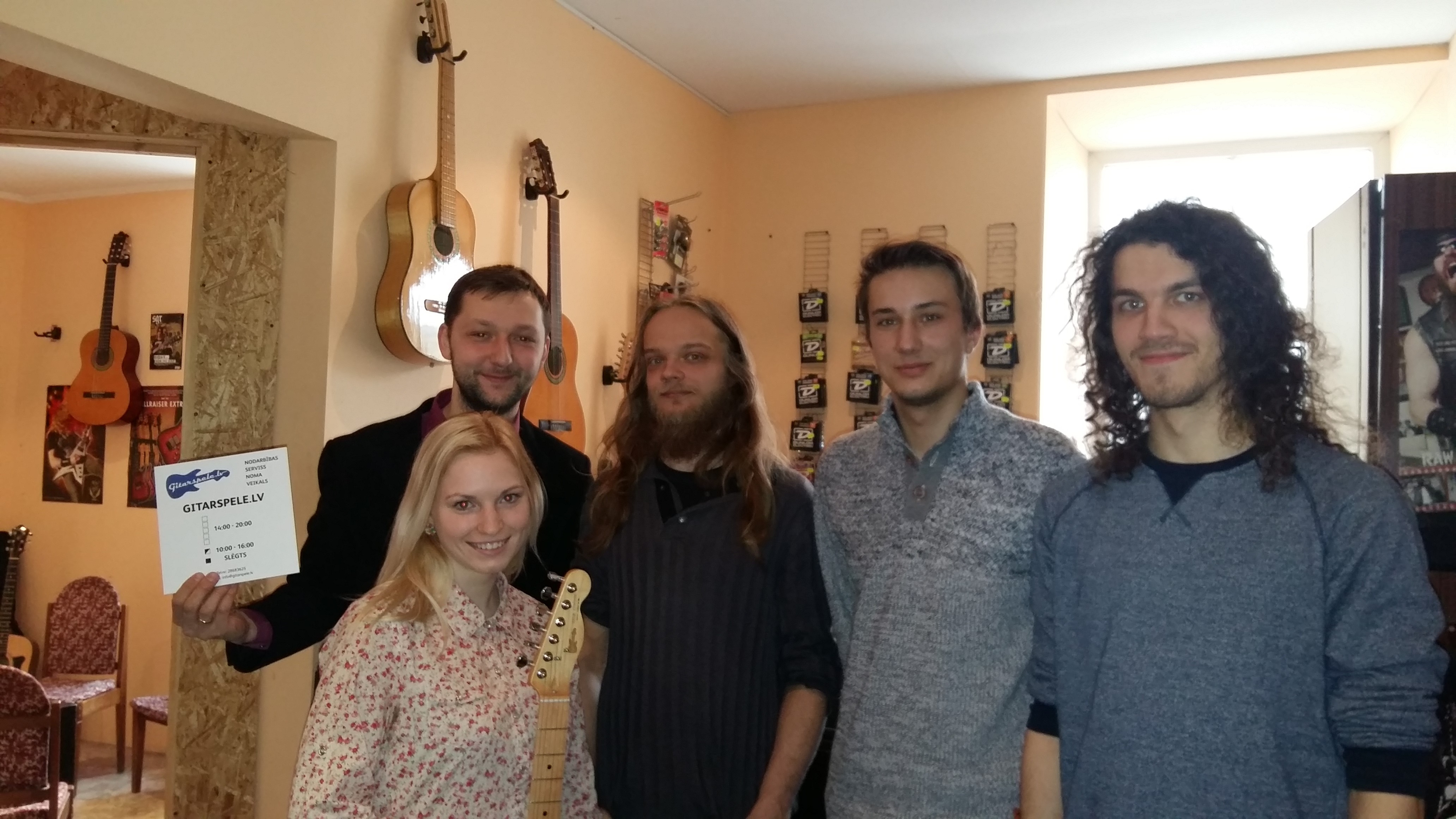 gitarspele-lv-komanda